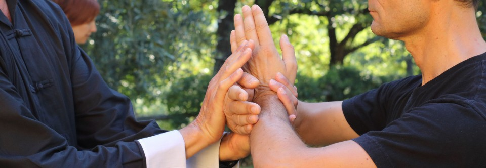 4 mani